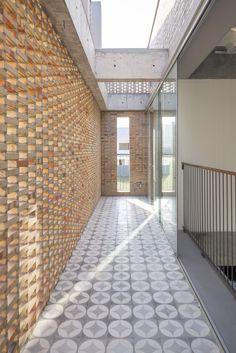 Gallery of KS Residence / Arquitetos Associados - 3