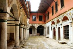 Museum, Istanbul Turkey, Tour Guide, Palace, Tours, Mansions, House Styles, City, Armies