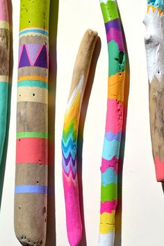 Painted Sticks 5 Piece Collection Art Ombre by bonjourfrenchie Painted Driftwood, Painted Shells, Driftwood Art, Spirit Sticks, Hobbies And Crafts, Diy And Crafts, Arts And Crafts, Wood Crafts, Dot Painting