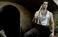 Eli Roth, the man behind the first two 'Hostel' films might direct a script penned by 'American Hustle' director David O. Top Movies, Movies And Tv Shows, Inglorious Bastards, American Hustle, Movie Costumes, Quentin Tarantino, Music Tv, Horror Movies, I Movie