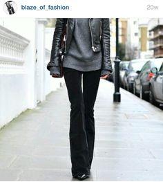 Zwarte flair broek met leren jasje en truitje