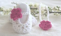 Baby gift set  baby shoes and stretch headband  White por bummybaby