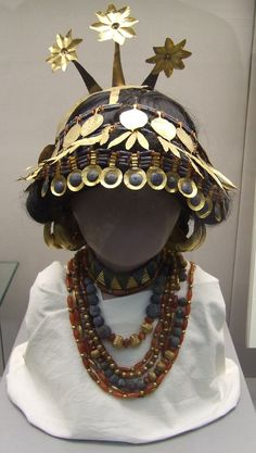 Jewellery from the  Royal Tombs of Ur