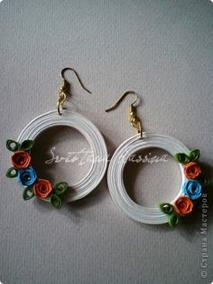 Квілінг прикраси   314 фотографий Quiling Earings, Paper Quilling Earrings, Paper Quilling Cards, Paper Quilling Flowers, Quilling Craft, Quilling Flowers Tutorial, Quilling Patterns, Quilling Designs, Paper Bead Jewelry