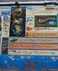 Fileteado wall. Buenos Aires.
