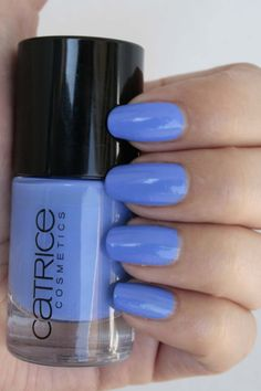 Catrice Ultimate Nail Lacquer 875 It's All I Can Blue – nieuwe collectie | iOnTrend