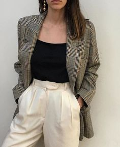 49 New Looks For You This Winter - - Adorable Street Style Outfits Source by Mode Outfits, Fall Outfits, Fashion Outfits, Womens Fashion, Blazer Fashion, Dress Fashion, Fancy Casual Outfits, 80s Style Outfits, Fashion Clothes