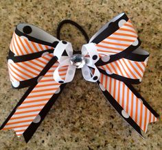 Boutique Hair Bow MTM School and/or Team Colors on Etsy, $6.00