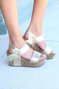 Hester Metallic Wedge Sandal {Gold}