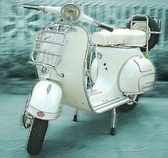 Restored vintage Vespa Lambretta Scooters from ClassicalWheels.