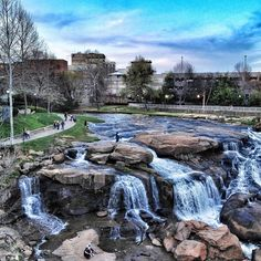 Beautiful end to a beautiful day in one of the most beautiful of places! Vy @ mel_hammonds // yeahTHATgreenville