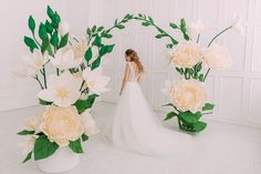 Wedding arch - wedding decor - large flowers - Giant flower-foam flower What is the most important thing in the decoration of the wedding ceremony? I think many will agree that this arch for t. Wedding Chair Decorations, Wedding Chairs, Flower Decorations, Balloon Decorations, Giant Paper Flowers, Large Flowers, Origami Flowers, Flower Backdrop, Hibiscus Flowers