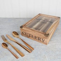 I've just found Six Person Slender Copper Plated Cutlery And Store. A beautiful 7th Wedding anniversary gift idea. A complete set of Copper plated cutlery complete with wooden store. . £99.00