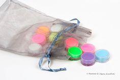 Institut de beauté - Photographie réalisée par Pomme G - Agence de publicité | www.pommeg.com | 514 969-4369 | info@pommeg.com Design Graphique, Info, Drawstring Backpack, Bags, Apple, Photography, Purses, Totes, Lv Bags
