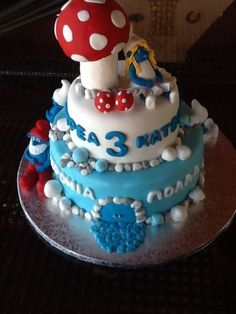 Smurfs Cake  By 25ANO on CakeCentral.com