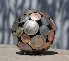Невероятные предметы из старых ключей и монет