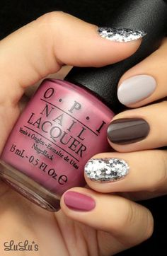 A manicure is a cosmetic elegance therapy for the finger nails and hands. A manicure could deal with just the hands, just the nails, or Sparkly Nails, Fancy Nails, Love Nails, My Nails, Shiny Nails, Nails 2017, Simple Nail Art Designs, Easy Nail Art, Nail Designs