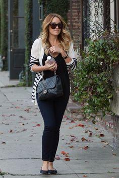 sweater, black t-shirt/tank, skinny jeans, flats