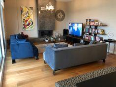 1 sınıf üretim Flat Screen, Furniture, Blood Plasma, Flatscreen, Home Furnishings, Dish Display, Arredamento