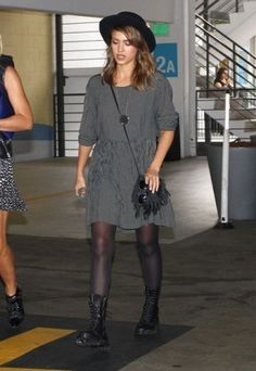 Jessica Alba wearing House of Harlow 1960 Large Sunburst Pendant Necklace.