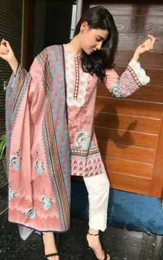 Best Trendy Outfits Part 4 Pakistani Fashion Casual, Pakistani Dresses Casual, Pakistani Dress Design, Indian Fashion, Casual Dresses, Pakistani Clothing, Suit Fashion, Fashion Dresses, Pakistani Couture