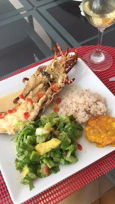 Langosta con arroz de coco y ensalada!!!
