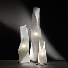 SLAMP | The Leading Light: Table Lamp - Diamond