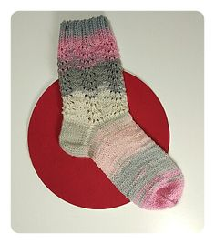 Calcetines, cómo tejer calcetines paso a paso – anaconde | socks&co Knitting Videos, Knitting Socks, Knit Crochet, Projects To Try, Hats, Fashion Tips, Slippers, Clothes, Craft