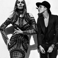 A first look at the new Balmain campaign starring Cindy Crawford, Naomi Campbell and Claudia Schiffer Claudia Schiffer, Cindy Crawford, Naomi Campbell, Fashion Kids, Fashion Show, Fashion Styles, High Fashion, Men's Fashion, Vs Pink