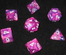 Dice Set: Festive Poly Violet/White (7) CHESSEX 27457