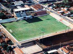 Estádio Antônio Gomes Martins - Barretos (SP) - Capacidade: 13 mil - Clube: Barretos