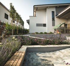 Bezbariérové riešenie terénnych rozdielov v záhrade Nova, Patio, Outdoor Decor, Home Decor, Decoration Home, Room Decor, Home Interior Design, Home Decoration, Terrace