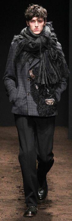 www.2locos.com Salvatore Ferragamo Fall 2015 Menswear