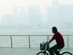 Singapore faces threat of early, prolonged haze