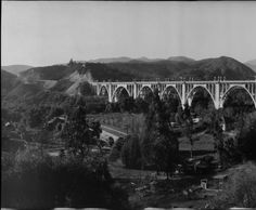 Colorado Street Bridge, Pasadena. 1914, just a year after it was a built.  Photographs (Huntington Library, Art Collections, and Botanical Gardens)