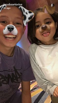 He would be the best father fammm.Im so jealous tho like I hope he treats are kids like that.Ava from foreva and foreva.