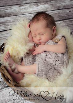 Neugeborenenfotografie Baby Mine, Foto Baby, Newborn Essentials, Newborn Photography, Kids, Teamwork, Pictures, Kid Pictures, Bebe