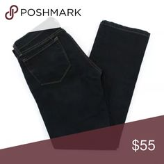 J BRAND DARK BLUE BOOT CUT JEANS SZ 25 914 BLK J BRAND DARK BLUE COTTON 5 POCKET BOOT CUT JEANS SZ 25 914 BLK  Belt Loops: Yes Leg Type: Boot Cut Closure: Zipper Fly Print: Solid Embellishments: None Pockets: 3 Front, 2 Back Style #: 914 BLK Cut #: 549 Size: 25 Color: Dark Blue Fabric: Cotton Blend PRE-OWNED: Very Good Condition No Significant Flaws or Wear J Brand Jeans Boot Cut