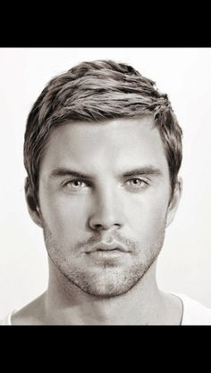 Top 10 short hairstyles for guys Top 10 short hairstyles for guys Best Short Haircuts For Men 2015 Top Hairstyles For Men, Hot Haircuts, Best Short Haircuts, Hairstyles Haircuts, Casual Hairstyles, Modern Hairstyles, Medium Hairstyles, Oval Face Haircuts Men, European Hairstyles