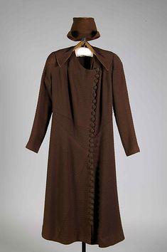 Ensemble Designer: Elizabeth Hawes (American, Ridgewood, New Jersey 1903–1971 New York) Date: ca. 1937 Culture: American Medium: Wool, silk