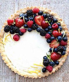 lemon berry mascarpone tart!