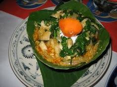amok cambodian food - delicious, coconutty curryish food. amazing.