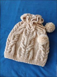 Купить Шапочка с отверстием для хвостика - однотонный, шапочка для девочки, шапочка спицами, шапка вязаная