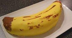 Dette er en kake jeg har lett etter oppskrift lenge, men aldri funnet. Av kjøpekaker har denne vert absolutt favoritt, men jeg vet ikke enga... Gluten Free Flour Mix, Gluten Free Cookies, Norwegian Food, Norwegian Recipes, Cake Recipes, Vegan Recipes, Canned Blueberries, Vegan Scones, Caesar Pasta Salads