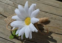 A single white daisy and a burlap leaf make this simply rustic boutonniere! Wrapped with jute and finished with three jute loops. Daisy Boutonniere, Burlap Boutonniere, Wedding Reception, Our Wedding, Wedding Ideas, Groom Buttonholes, Corsage Wedding, Marry You, Color Themes