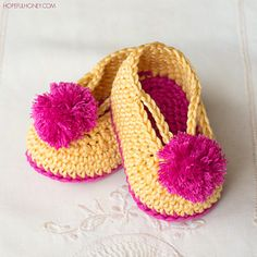 Lollipop_circus_baby_booties_free_crochet_pattern_small_small2