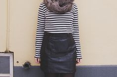 Easy parisian inspired outfit / Marimekko stripe shirt and vintage leather skirs