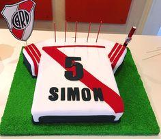 "Torta River Plate - a River Plate Soccer Team ""s cake"