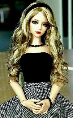 Bambola Barbie Ultimate Riccioli Nuovo