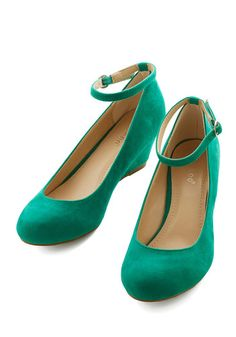 Work Your Style Wedge in Emerald - Low, Green, Solid, Party, Work, Girls Night Out, Holiday Party, Minimal, Good, Wedge, Variation